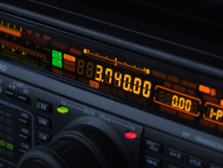 Displej Yaesu FT-1000MP