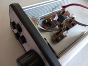 Zapojenie remote station ladiaceho gombíka je veľmi jednoduché