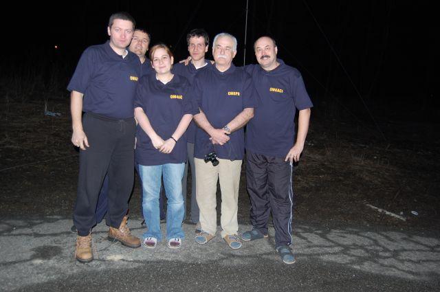 Zľava: Martin OM4AAS, Števo OM7KW, Miška OM4AQW, Viliam OM0AAO, Peťo OM6PR a Igor OM6ACI