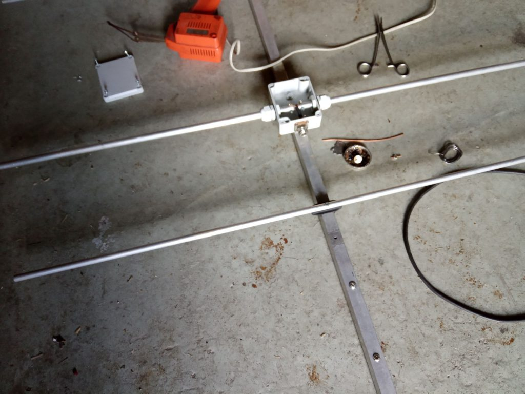 La production YU7EF Yagi pour 144MHz